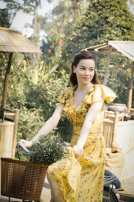 Lim tim voi thoi trang cua Ha Ho trong MV 'Ca mot troi thuong nho' - Anh 4