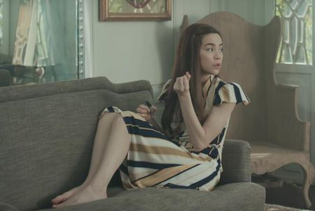 Lim tim voi thoi trang cua Ha Ho trong MV 'Ca mot troi thuong nho' - Anh 7