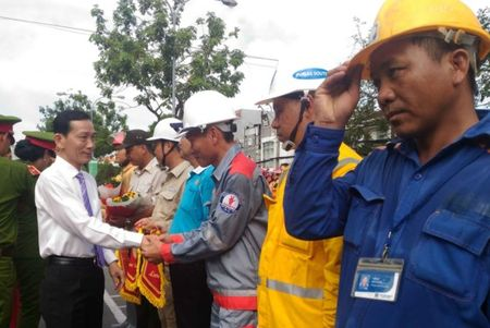Hang tram Canh sat PCCC tham gia Hoi thi cuu nan cuu ho lan I-2017 - Anh 1