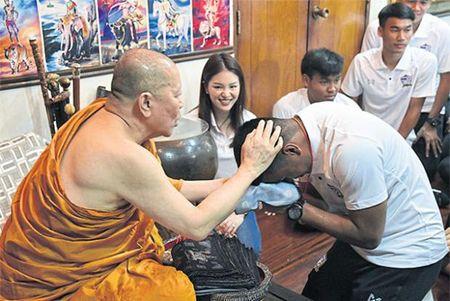 U.22 Thai Lan nho nha su giup suc - Anh 2