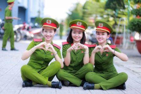 Diem chuan vao truong Cong an, Quan doi cao: 'Mung cung dang suy nghi' - Anh 1