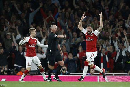 Thang nghet tho, Arsenal tam dan dau Ngoai hang Anh - Anh 1