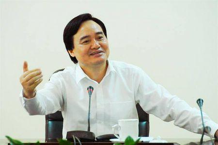 Hon 110.000 thi sinh trung tuyen nhung khong nhap hoc gay hoang mang: Bo truong Phung Xuan Nha ly giai nguyen nhan - Anh 1