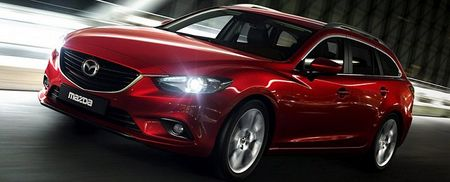 Thaco 'pha gia' o to Mazda thang 8, muc giam gia len toi 40 trieu dong - Anh 2