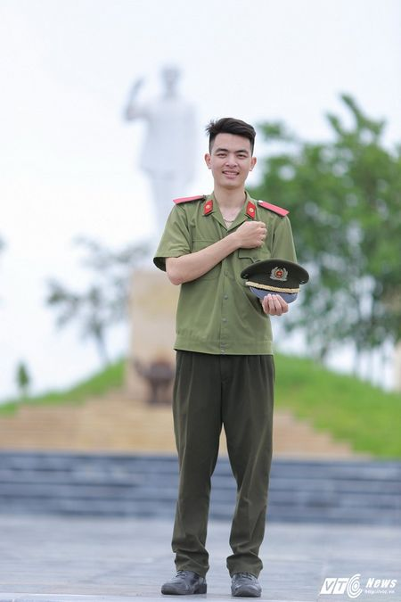 Dang Cong Tuan Manh: Chang thu khoa dien trai, da tai cua DH Ky thuat – Hau can CAND - Anh 1