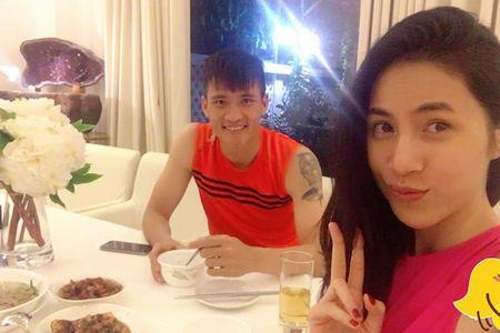 Noi tieng, giau co, khong ngo doi thuong Thuy Tien – Cong Vinh lai the nay - Anh 2