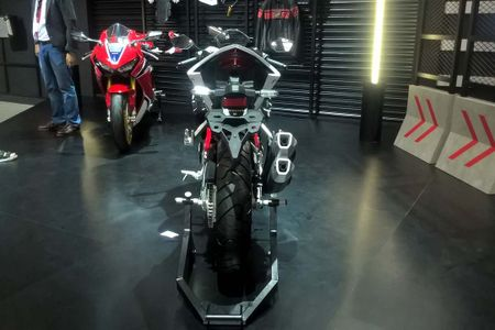 Honda CBR250RR phien ban dac biet co gi doc dao? - Anh 5