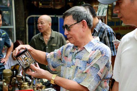 Doc dao phien cho do xua giua trung tam Ha Noi - Anh 10