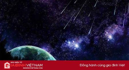 Viet Nam don tran mua sao bang dep nhat nam 2017 vao rang sang 13/8 - Anh 1