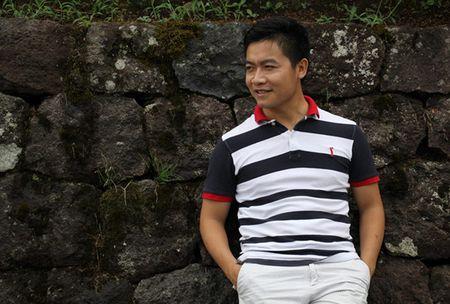 Tan chay voi ban cover 'Yeu La Tha Thu' bang tieng Phap - Anh 1