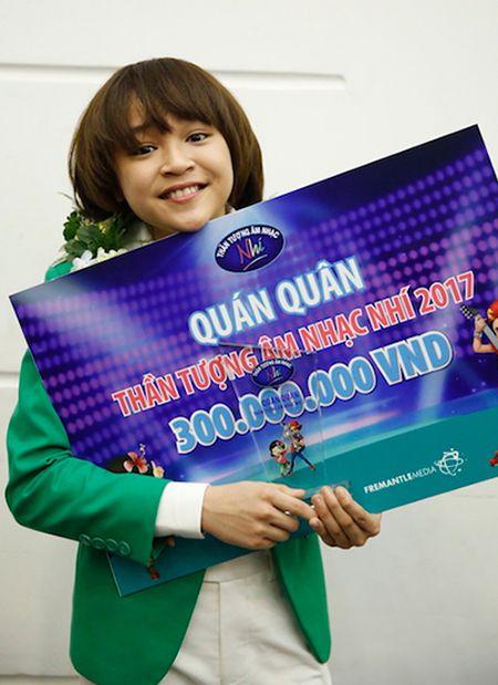 Bo quan quan Idol Kids 2017, be Thien Khoi: 'Con toi me hat hon me choi' - Anh 2