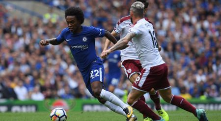 Chelsea tham bai trong hiep 1, bi kich cho Liverpool - Anh 1