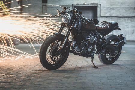 Ducati Scrambler do Cafe Racer cuc chat - Anh 9