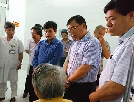 Pho Chu tich Ngo Van Quy: Can trien khai 5 giai phap phong chong dich sot xuat huyet - Anh 2