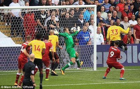 Liverpool mat diem day tiec nuoi ngay ra quan - Anh 1