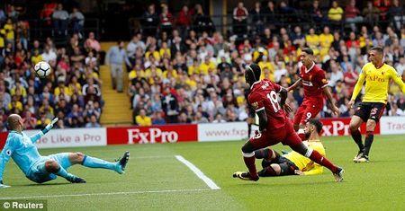 Liverpool mat diem day tiec nuoi ngay ra quan - Anh 2