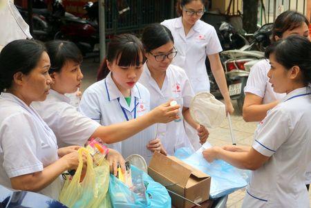 Quan Thanh Xuan xung kich diet bo gay chong dich sot xuat huyet - Anh 1