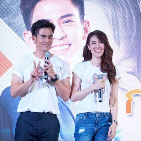 Het phim da lau, Toey - Cheer van duoc fan gan ghep nhiet tinh - Anh 8