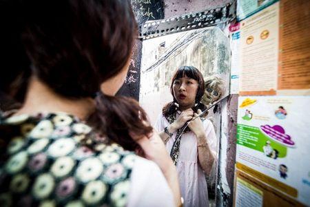 Khong the nhin cuoi khi nhin nhung hinh anh Trang Hy 'Annabelle di khap the gian' - Anh 12