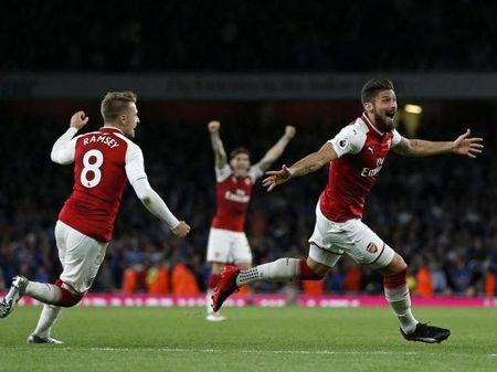 Arsenal 4-3 Leicester: Man nhan khai mac Premier League - Anh 3
