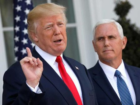 Ong Trump ban bo tinh trang khan cap ve lam dung thuoc - Anh 1