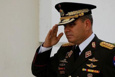 Venezuela noi ong Trump de doa quan su la 'dien ro' - Anh 2