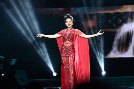Le Quyen tinh tu voi Quang Dung truoc mat ong xa - Anh 5