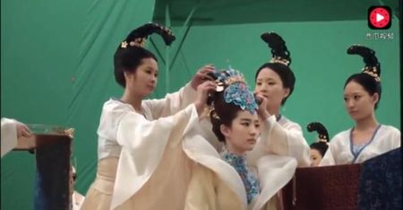 Hinh anh Luu Diec Phi xinh dep trong 'Tam sinh tam the' bi cat bo - Anh 2
