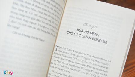 'Tran trui bong da Viet': Bong da co sach, moi noi den phat trien - Anh 2
