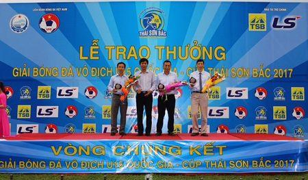Lai thua chung ket, 'lo' Viettel nhan hat-trick ve nhi - Anh 3