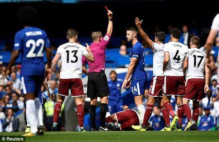 Ket qua tran Chelsea vs Burnley, vong 1 Ngoai hang Anh - Anh 1