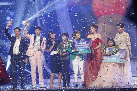 Khoanh khac Thien Khoi dang quang quan quan Vietnam Idol kids 2017 - Anh 10