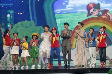 Khoanh khac Thien Khoi dang quang quan quan Vietnam Idol kids 2017 - Anh 2