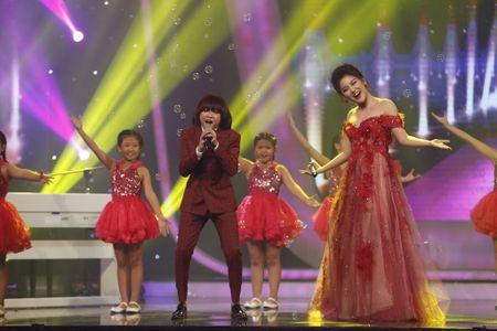 Khoanh khac Thien Khoi dang quang quan quan Vietnam Idol kids 2017 - Anh 9