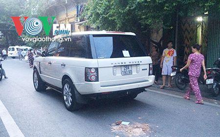 Xe Range Rover dam chet chau be 3 tuoi - Anh 1