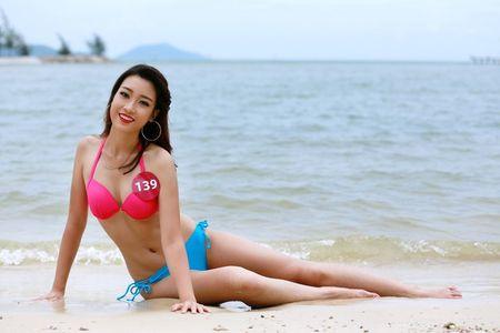 'Bong mat' vi Do My Linh mac bikini thi Hoa hau The gioi 2017 - Anh 4