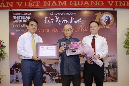 Chu tich Ha Noi Nguyen Duc Chung nhan giai Bui Xuan Phai - Anh 2