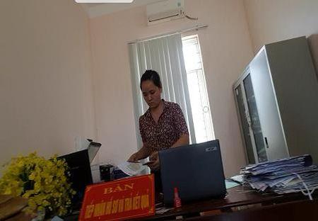 Thanh Hoa: Cong so xa nhu toa lau dai, cong ty cua nguoi nha chu tich xa gay o nhiem moi truong nghiem trong - Anh 10