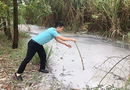 Thanh Hoa: Cong so xa nhu toa lau dai, cong ty cua nguoi nha chu tich xa gay o nhiem moi truong nghiem trong - Anh 5