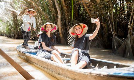 Hoa hau hoan vu Dominican thich thu kham pha mien Tay - Anh 4
