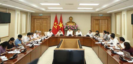 Bo truong Phung Xuan Nha: Se cat giam manh chi tieu nganh su pham - Anh 1