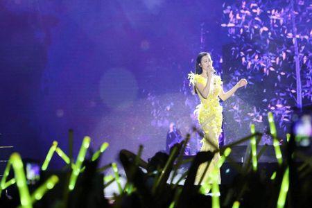 Sau Noo, Dong Nhi se 'thoi bung' san khau 'Asia Song Festival' bang loat hit nao? - Anh 4