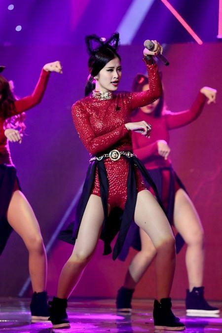 Sau Noo, Dong Nhi se 'thoi bung' san khau 'Asia Song Festival' bang loat hit nao? - Anh 7