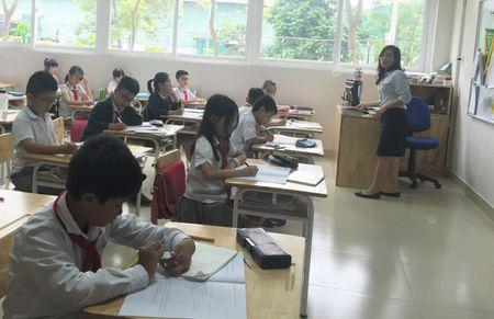 Pho Thu tuong Vu Duc Dam: Le ra nam nay nen dung tuyen sinh su pham - Anh 1