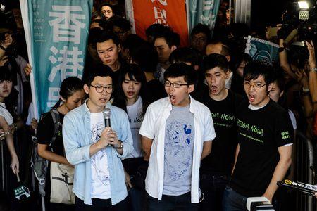 Hong Kong ket an tu thu linh Hoang Chi Phong cua nhom 'Du vang' - Anh 1