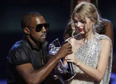 Taylor Swift: Tu ngoi sao nhi toi bieu tuong nhac pop - Anh 7