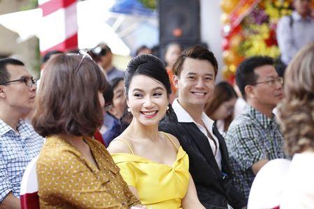 Nam chinh 'Song chung voi me chong' sanh vai Luong Giang du su kien - Anh 3