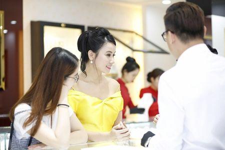 Nam chinh 'Song chung voi me chong' sanh vai Luong Giang du su kien - Anh 6