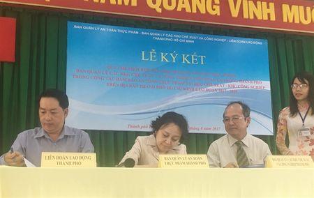 TP.HCM: Dam bao an toan thuc pham cho cong nhan - Anh 1