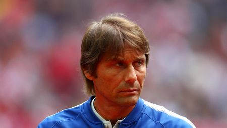 Chuyen nhuong 17/8: Real nham sao tre Ajax, Conte that vong ve Chelsea - Anh 2